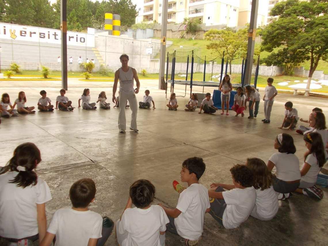 Colégio Universitário oferece menos alunos em sala de aula